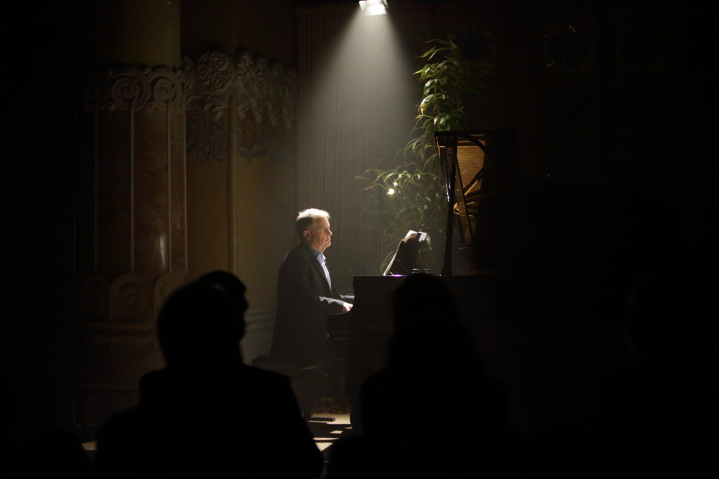 Julius Drake durant l'Intermezzo erotico de Diari d'un desaparegut de Janáček
